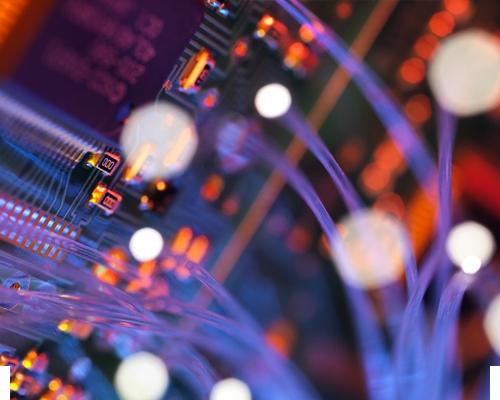 Ingenieros aumentaron la capacidad de la fibra óptica casi 20 veces